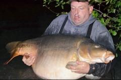 New lake Record 78lb 10oz caught by Graham Hampton